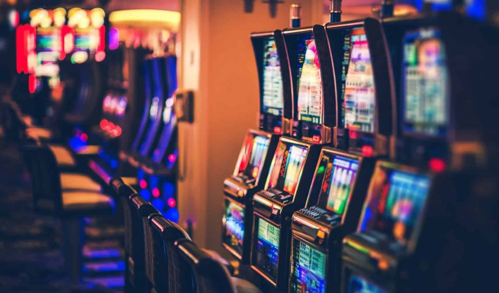Why Everyone Is Dead Wrong About Online Slot